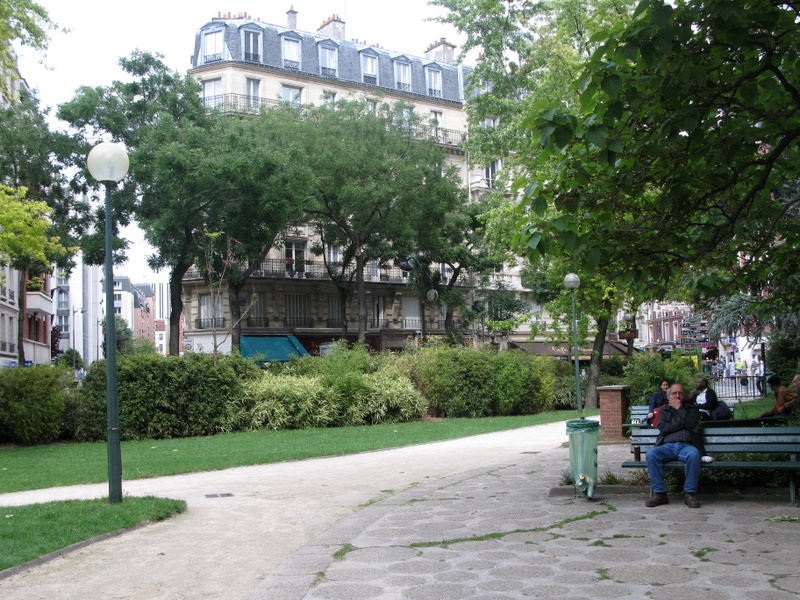 Square, Métro Plaisance, Paris