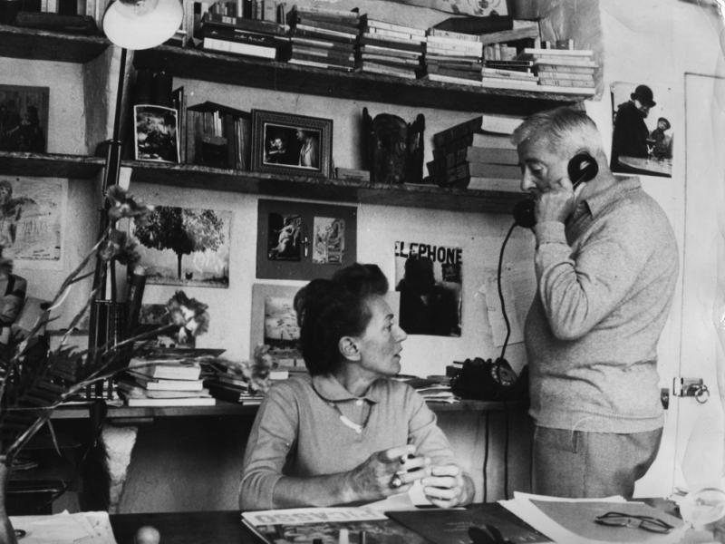 Jacques et Jeanine Prévert au bureau © DR - collection privée Jacques Prévert